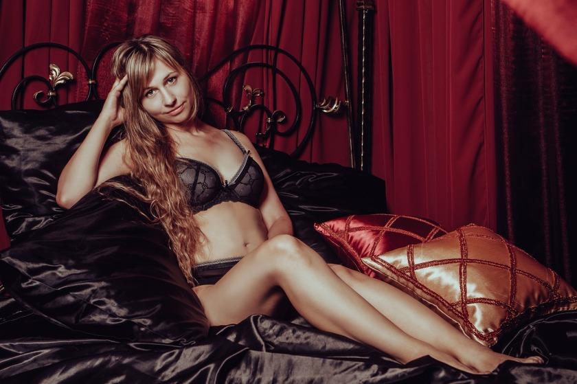 in-lingerie-2969980_1280